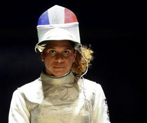 Ysaora Thibus, étudiante en management, est un espoir de l'escrime aux jeux Olympiques