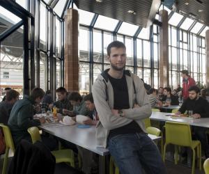 Ma vie d'étudiant àLausanne: Gilles, en troisième année deBachelor àl'EPFL