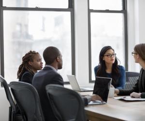 """Premier job : les jeunes diplômés jugent les """"savoir-être"""" indispensables pour réussir"""