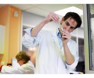 Le quotidien de Frédéric, pharmacien biologiste en laboratoire de ville