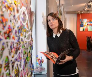 """Marion, 25 ans : """"Comment je suis devenue assureur d'œuvres d'art"""""""