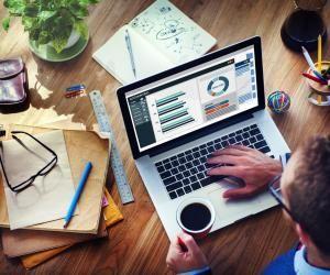 Cyril Degrilart, un expert-comptable hors des sentiers battus : « L'univers du digital me passionne et la comptabilité a été un moyen de réaliser ce rêve. »