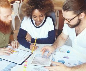 Écoles de commerce : toutes les spécialisations de master, par établissement
