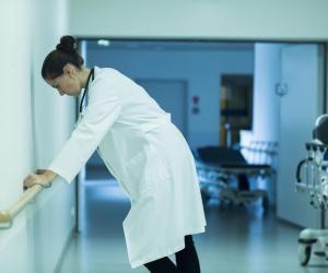 Bien après la PACES, elles ont arrêté leurs études demédecine