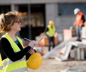 L'actu de l'emploi : le bâtiment va moyen mais recrute en alternance en 2021