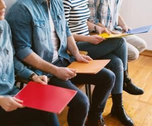 Emploi des jeunes : 10 pistes pour profiter des mesures du plan de relance dès à présent