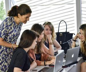 L'EIML Paris : une école professionnalisante pour intégrer l'univers du luxe