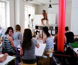 Faire une école d'art avec un petit budget, c'est possible!