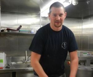 """Julien, boulanger dans la Marine nationale : """"Je reste un marin avant tout"""""""