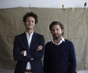 """Louis et Olivier : """"On a quitté nos emplois dans la banque pour vendre des roses à New York"""""""