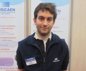 """Mustafa, étudiant à l'ENSICAEN : """"Caen est une ville vivante, festive"""""""