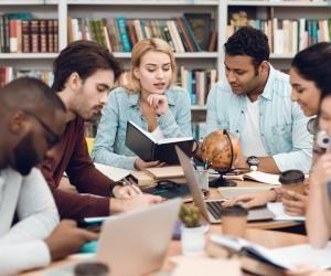 Ecoles de commerce : des dispositifs pour diversifier les profils