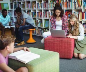 Collège : pourquoi vous devriez passer plus de temps au CDI