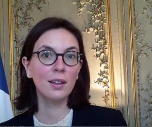 """Amélie de Montchalin : """"L'État proposera 40.000 stages et 100.000 emplois aux jeunes en 2021"""""""