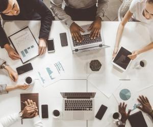 Marketing et communication : l'initiative et l'adaptabilité, compétences les plus recherchées