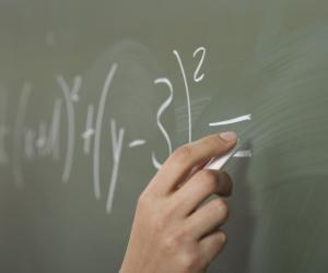 Bac S 2017 : les sujets de mathématiques tombés auLiban (obligatoire et spécialité)