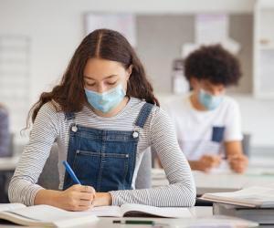 Ecoles de commerce : les étudiants s'accommodent de la crise sanitaire