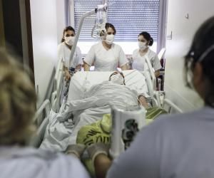Coronavirus : L'Ile-de-France prête à rémunérer les élèves infirmiers volontaires dans les hôpitaux