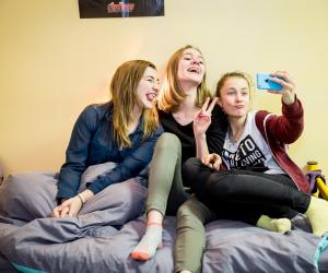 """Lycéenne en internat : """"On partage tout, les rires, les devoirs..."""""""