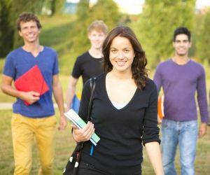 Où s'inscrire en juillet-août avec ou sans le bac : les écoles par secteur