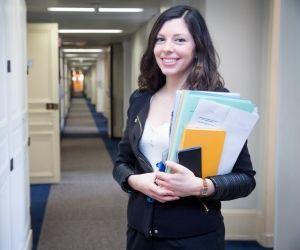 Dora, 28 ans : comment je suis devenue diplomate
