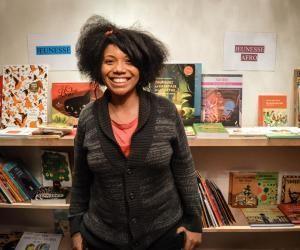 Elle crée sa librairie-salon de thé pour mettre en lumière lalittérature afro