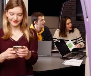 « Nos étudiants combinent des compétences en management et en digital »