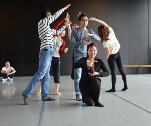 Des cours de danse en MBA ? Quand l'expression corporelle apprend à devenir manager