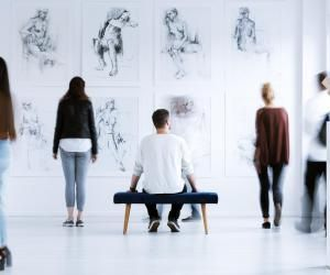 Culture, marché de l'art, luxe : formation internationale recherchée